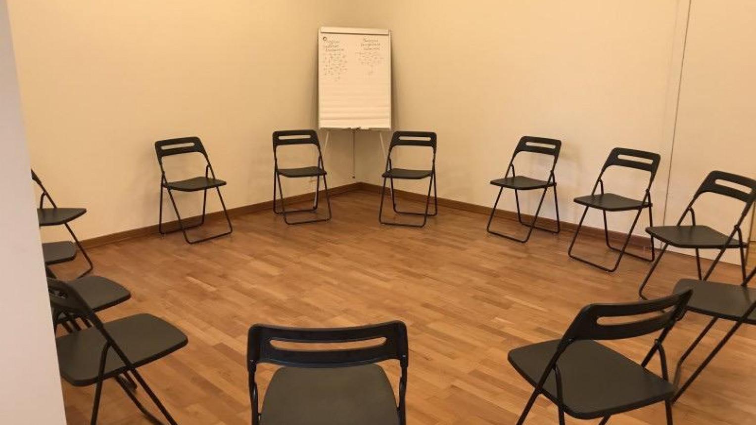 Зал для групповой и индивидуальной работы - фото №3