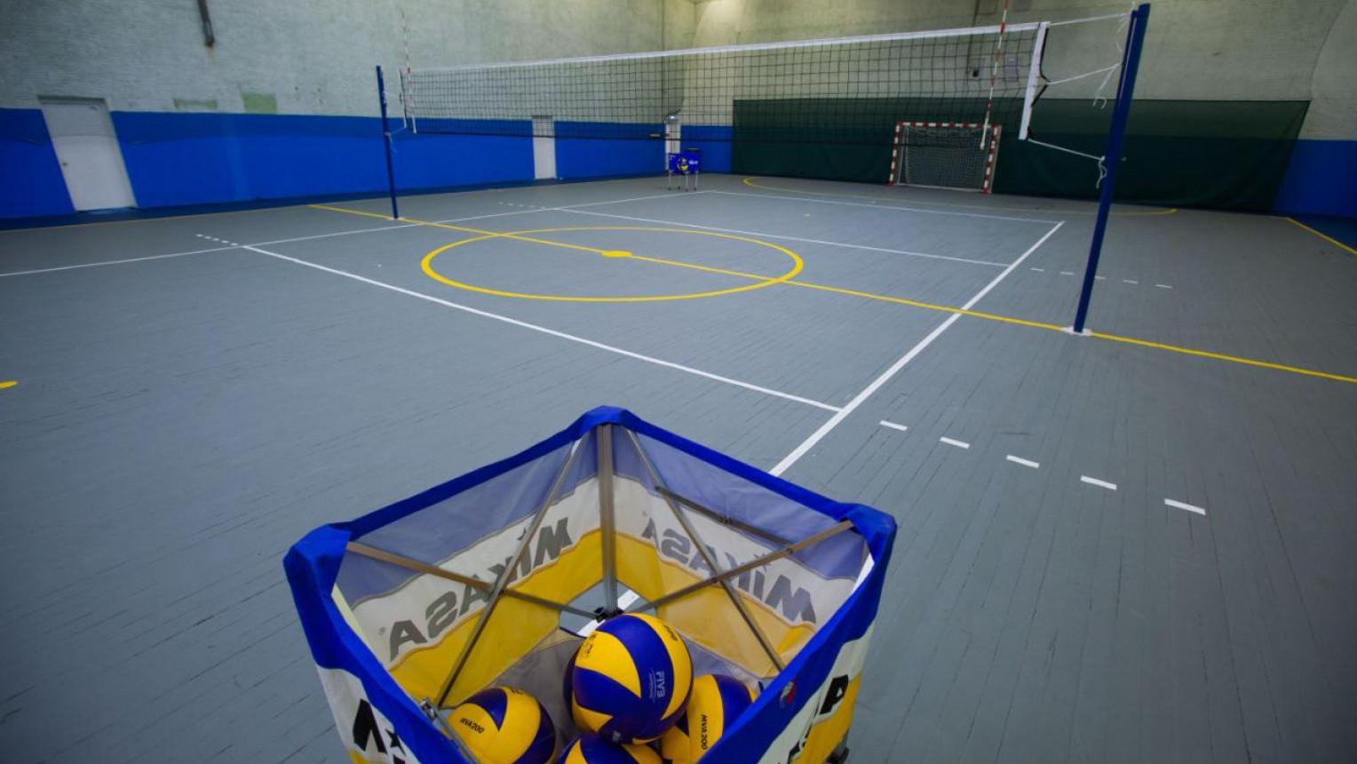 Зал для футбола и волейбола - фото №1