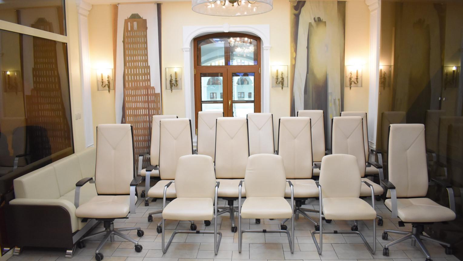 Переговорная комната на 10-20 человек - фото №5