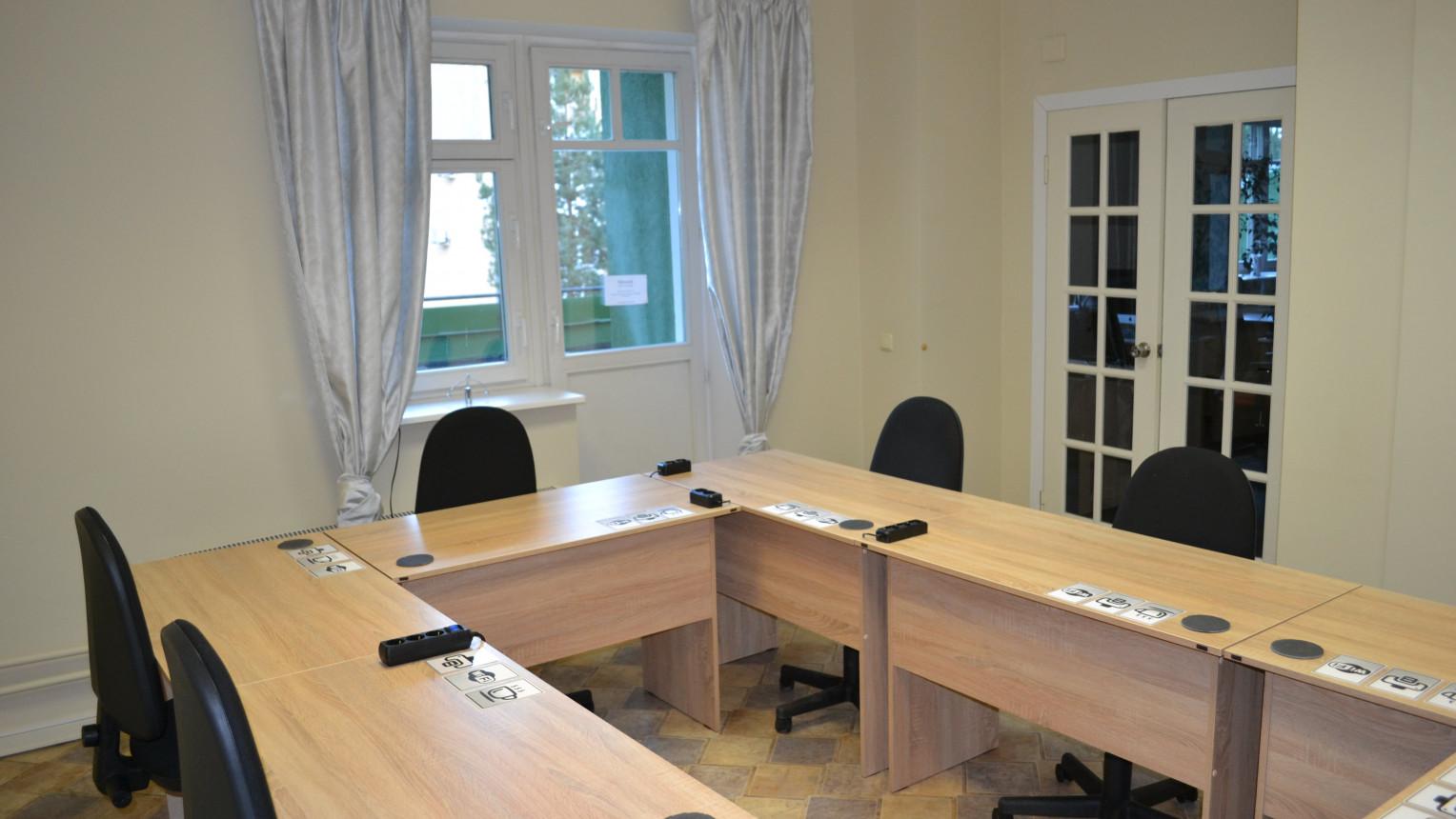 Переговорная комната - фото №8