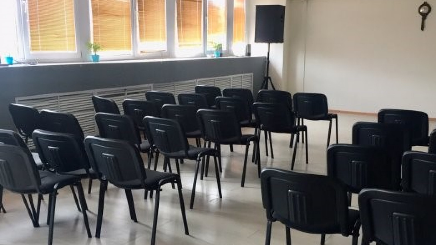 "Зал для спортивных занятий и семинаров ""Лондон"" - фото №3"